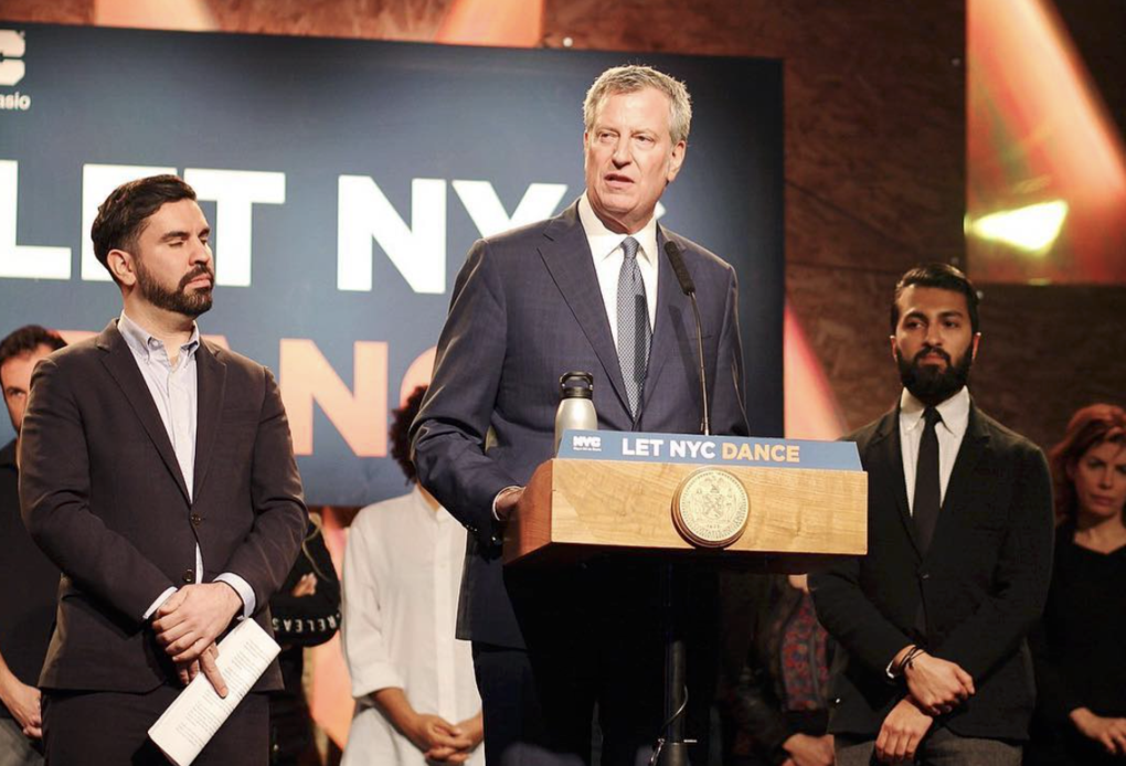 Mayor de Blasio Officially Repealed the Cabaret Law at an Event in Bushwick — News on Bushwick Daily