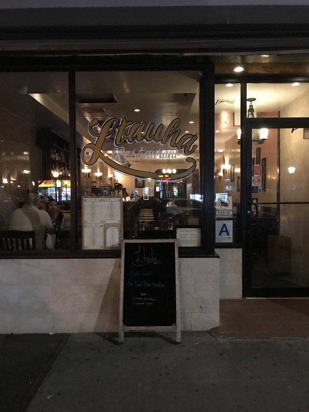 This Ridgewood Restaurant Does Affordable Burgers and American Fare With Class  — Food and Drink on Bushwick Daily