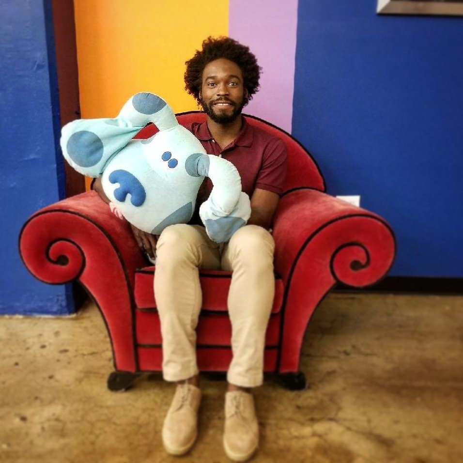 "VIDEO: This Bushwick Comedian Is Trying to Become the New Steve on ""Blues Clues""  — People on Bushwick Daily"