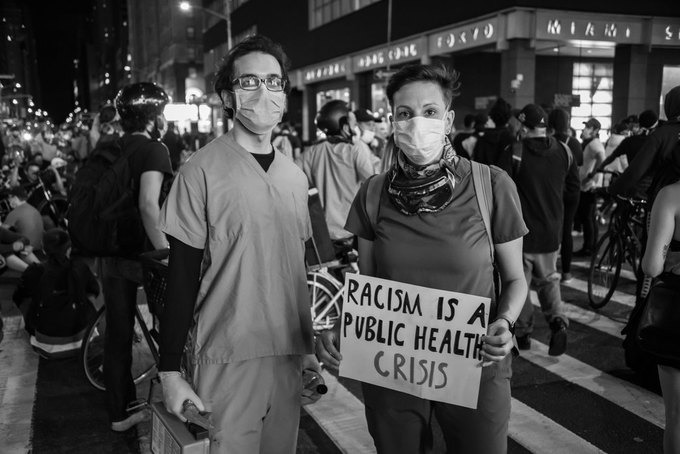 A Photographer Documents Manhattan Protest in Their Essay: Sign O' The Times [PHOTOS] — Arts & Culture on Bushwick Daily