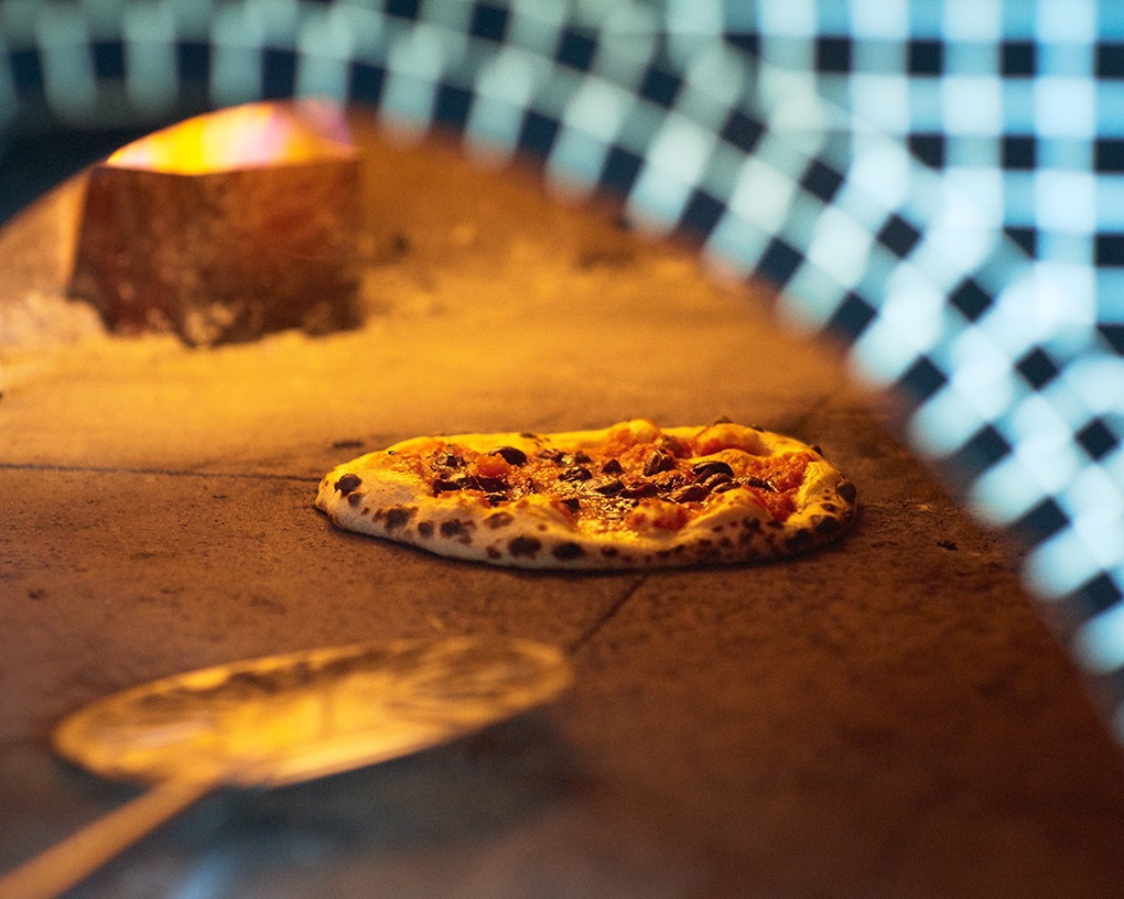 At New Ops Pizza in Bushwick, Eat Sourdough Crust Without the Need to Tip — Restaurants on Bushwick Daily