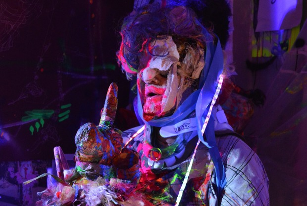 CLOWNS AND TRICKSTERS UNITE: The Living Installation Will Turn The Human Body Into Live Art