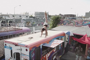 Sexy Yoga Champion Does Yoga at Uncomfortable Bushwick Places [Video]