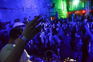 NYE with Mean Read, Nick Catchdubs and Onra (Photos)