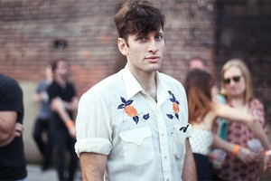 Beautiful Hipsters and Goths at The Well (gifs+photos)