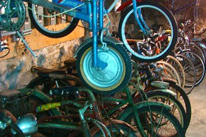 Vintage Bicycle Studio Opens in Bushwick Basement