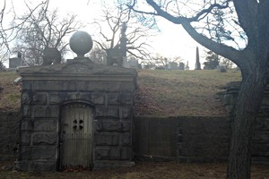 A Historic Tale of Love and Devotion from Evergreen Cemetery