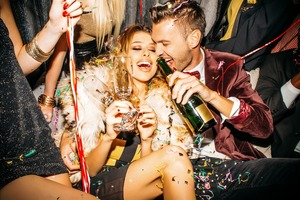 Why You Should Try Dating With the Inner Circle (It's Not as Shallow as You Think)