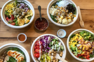 Leaf Brings A Fresh DIY Salad Bar To The JMZ Stop In Bushwick