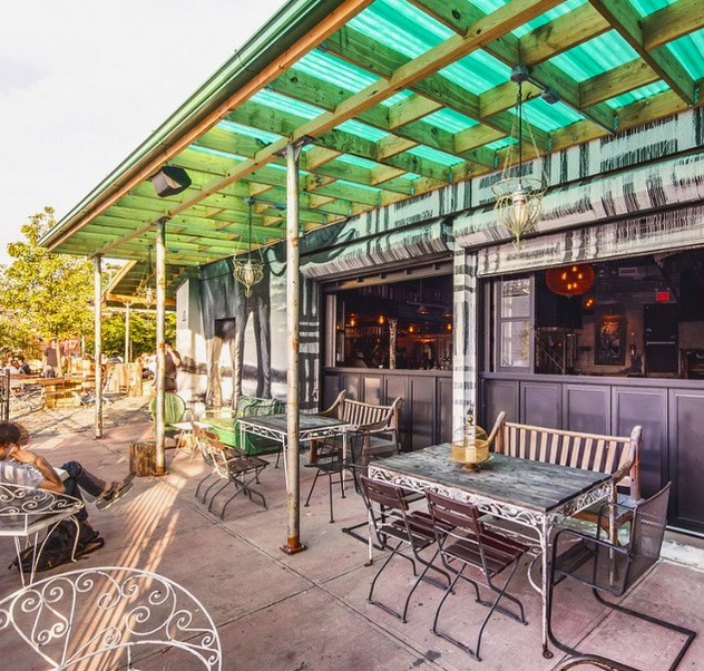 10 Most Ridiculously Awesome Places To Drink Outside In Bushwick Ridgewood East Williamsburg Daily