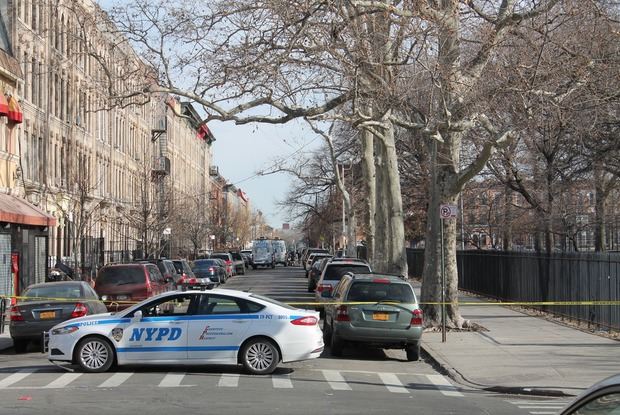 Update: Cops Fatally Shot an 18-Year-Old Robbery Suspect Near Maria Hernandez Park Last Night