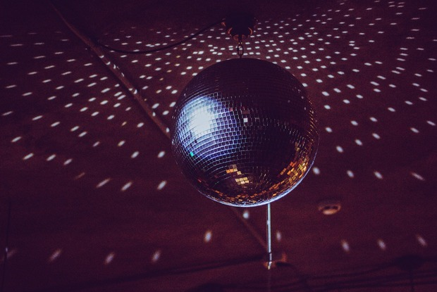 $5 Buys an Hour of Open Bar at This Dance Party Tomorrow in East Williamsburg