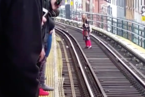 A Twitter Uproar Follows After a Woman Got Onto the Tracks at the Myrtle-Broadway Stop