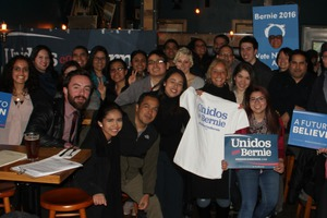 Local Latino Activists Meet to Support Bernie on the Eve of Big Wisconsin Win