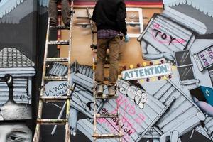 Street Art in Making