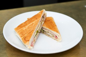 In Search Of A Great Cuban Sandwich: Cafeteria La Mejor