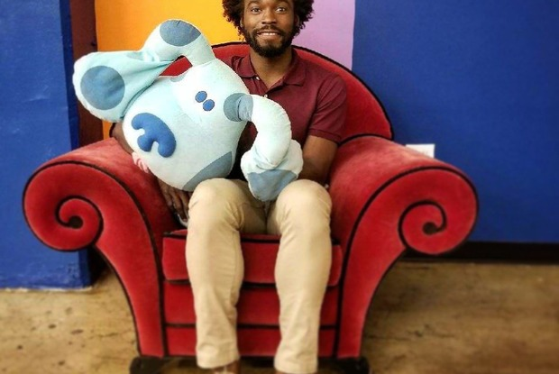 "VIDEO: This Bushwick Comedian Is Trying to Become the New Steve on ""Blues Clues"""