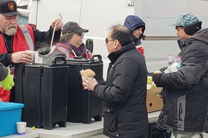 Local Volunteers Pull Together to Serve the Homeless of Bushwick During Temperature Drops