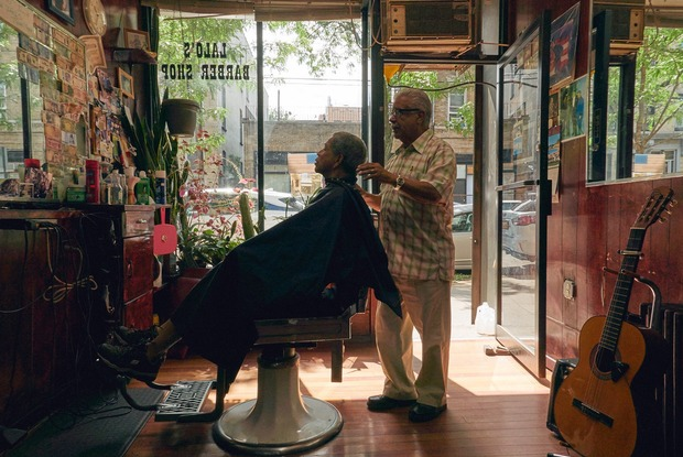 PHOTOESSAY: This Tiny Puerto Rican Barbershop in Bushwick Has Been Around for 40 Years
