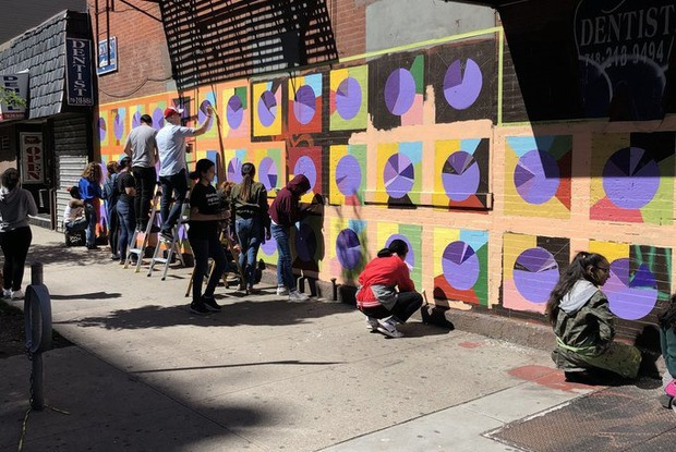 New East Williamsburg Mural Blends Data With Emotion