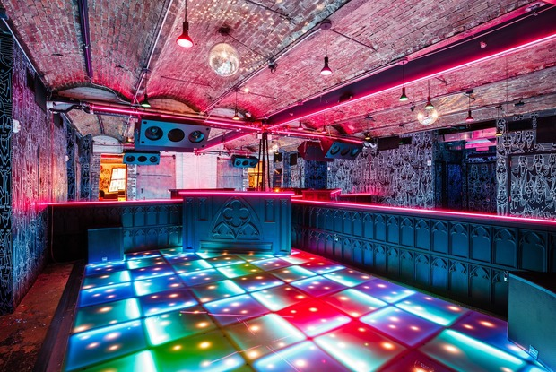 Nostalgic Disco Dance Bar from the Seawolf Team Opens in Williamsburg
